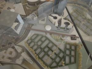 MAquette du site  : le cimetière cerné par les infrastructures